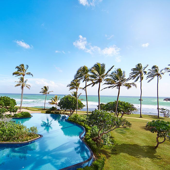 Hikka Tranz by Cinnamon Hotel, Sri Lanka