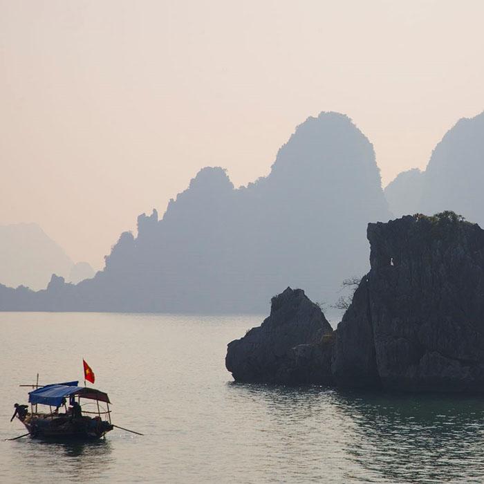 Vietnam, Halong Bucht, Fischerboot
