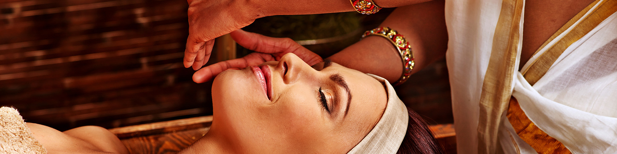 Ayurveda-Gesichtsbehandlung-Sri-Lanka