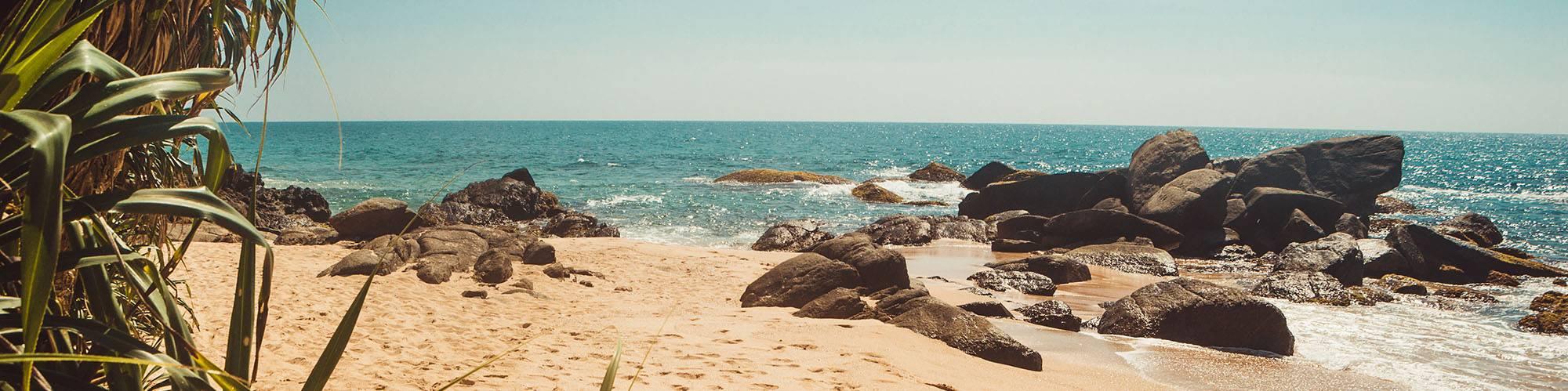 Sri Lanka bietet Erholung am Strand