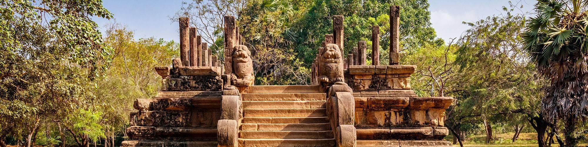 Buddha statue, Polonnaruwa, Sri Lanka